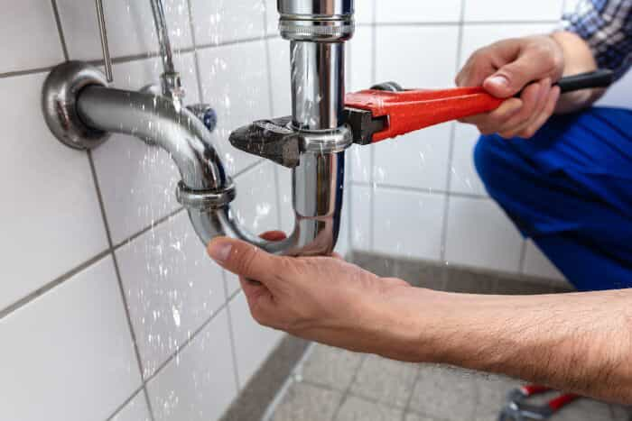 5 Benefits of Plumbing Answering Services