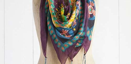 How to select the best silk scarf
